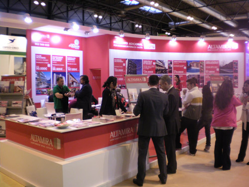 sima2011-stands-altamira