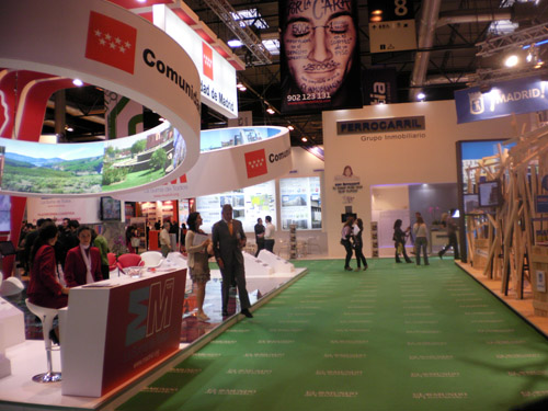 sima2011-stands1
