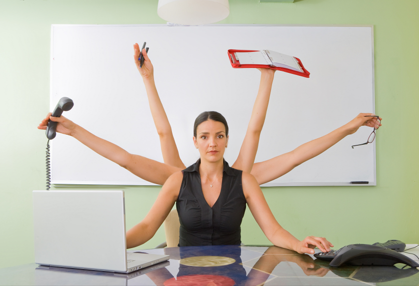 asistente-virtual-atender-contactos