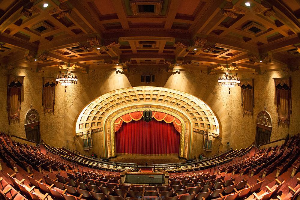 Cine, teatro y asesoramiento inmobiliario - Marketing inmobiliario ...