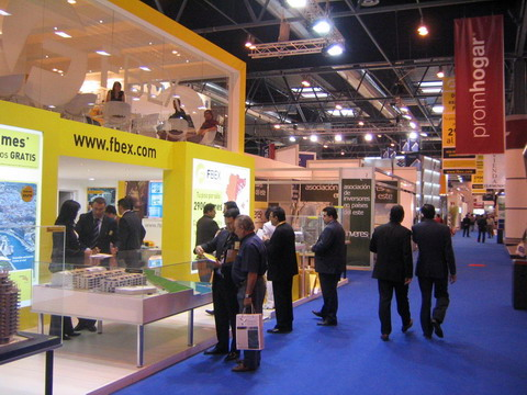 sima 07 stands
